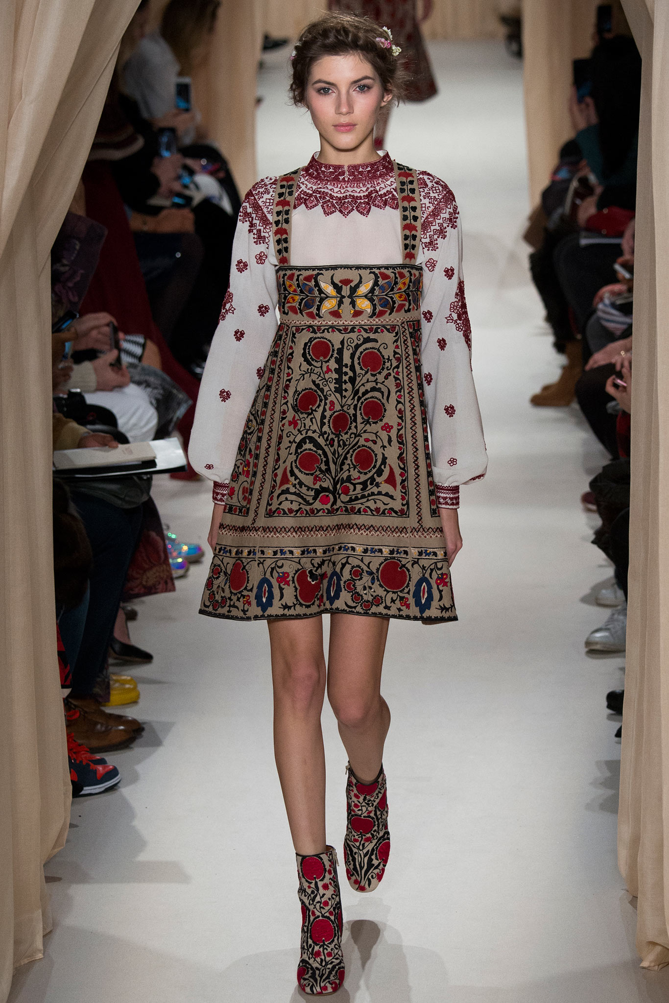 Valentino Spring 2015 Couture 2