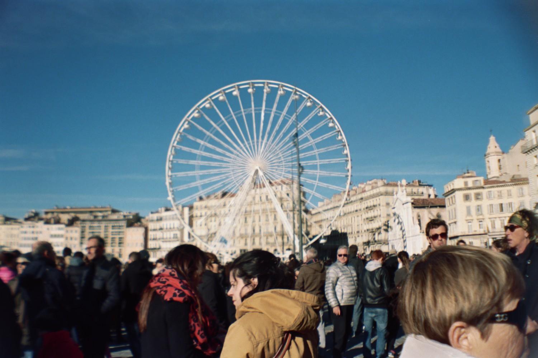 Marseille est Charlie - Sardina Lomography x Kodak Portra 500