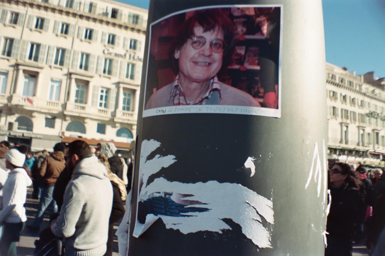 Marseille est Charlie / Cabu - Sardina Lomography x Kodak Portra 500