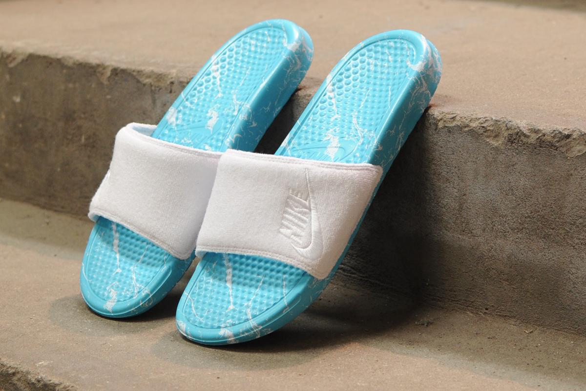 super popular 01e22 b1a69 Nike Benassi JDI Pool Pack